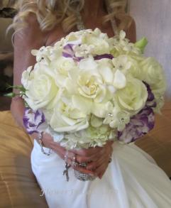 bridal wedding flowers icon yacht flowerfusion 2066
